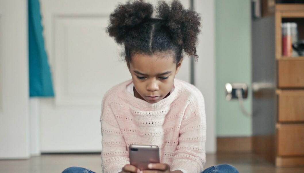 Barnets första mobil.