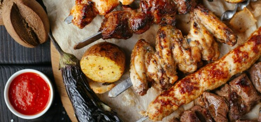 Fryst kyckling i ugn: temperatur, tid och tips